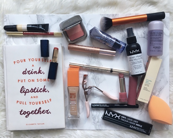 What's in My Make-upBag